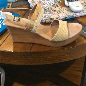 Worn once ugg sandals